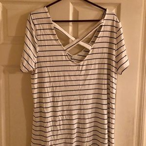 Torrid Size 1 Strappy Back Tunic Top